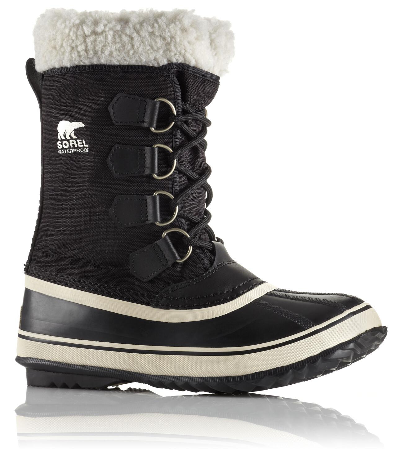 Chez Sorel, on trouve un large choix de modèles mariant avec génie les avantages de la botte en caoutchouc avec ceux de la botte d'hiver. Les plus : le chausson est amovible et lavable, la coque est réalisée artisanalement et les chaussures sont conçues pour résister à -32°C.